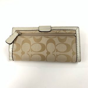 Coach Bags - Coach Womens Wallet Bifold Turnlock Signature C